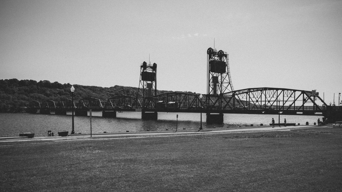 ... Lift Bridge Furniture Stillwater Lift Bridge 1400x785 ...
